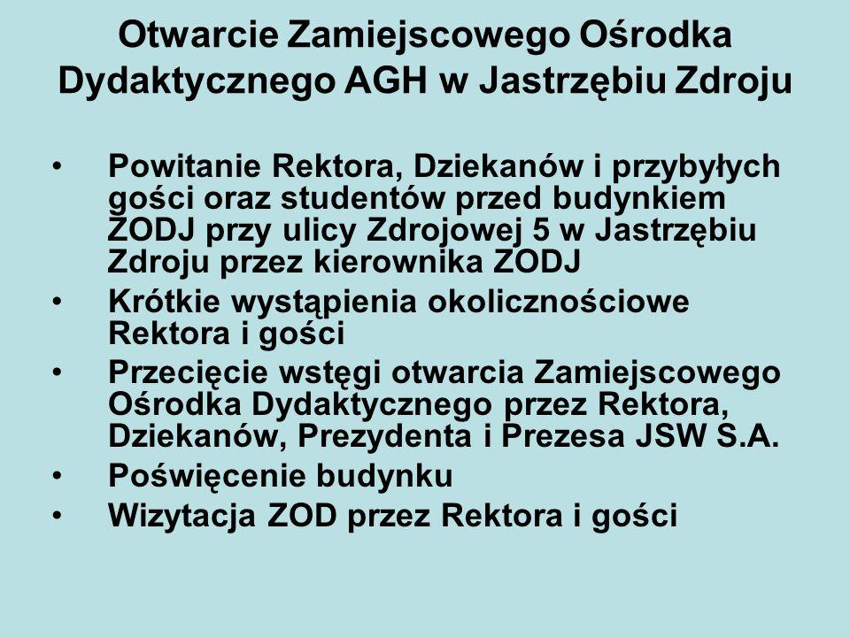 Otwarcie Zamiejscowego Ośrodka Dydaktycznego AGH w Jastrzębiu Zdroju Powitanie Rektora, Dziekanów i przybyłych gości oraz studentów przed budynkiem ZO