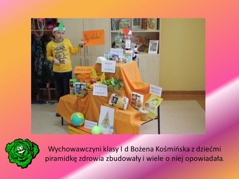 Wychowawczyni klasy I d Bożena Kośmińska z dziećmi piramidkę zdrowia zbudowały i wiele o niej opowiadała.