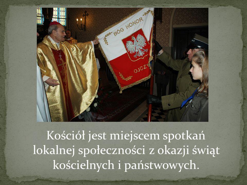 Kościół jest miejscem spotkań lokalnej społeczności z okazji świąt kościelnych i państwowych.