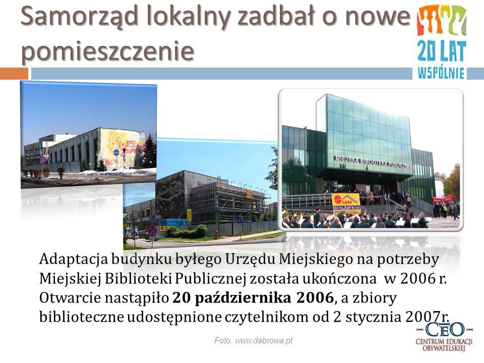 Adaptacja budynku byłego Urzędu Miejskiego na potrzeby Miejskiej Biblioteki Publicznej została ukończona w 2006 r.