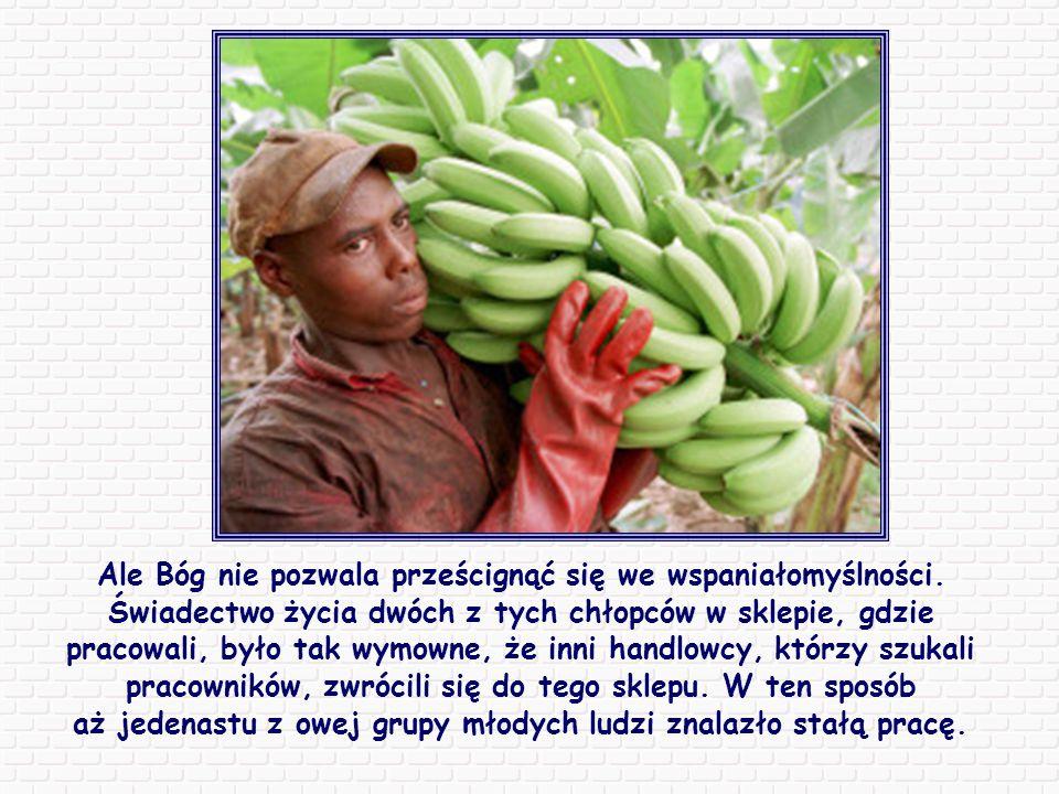 W Kongo grupa chłopców od kilku miesięcy wykonywała artystyczne kartki ze skórek banana, sprzedawane potem w Niemczech.