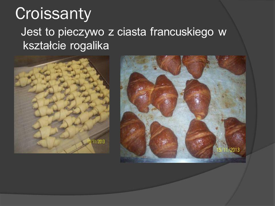 Croissanty Jest to pieczywo z ciasta francuskiego w kształcie rogalika