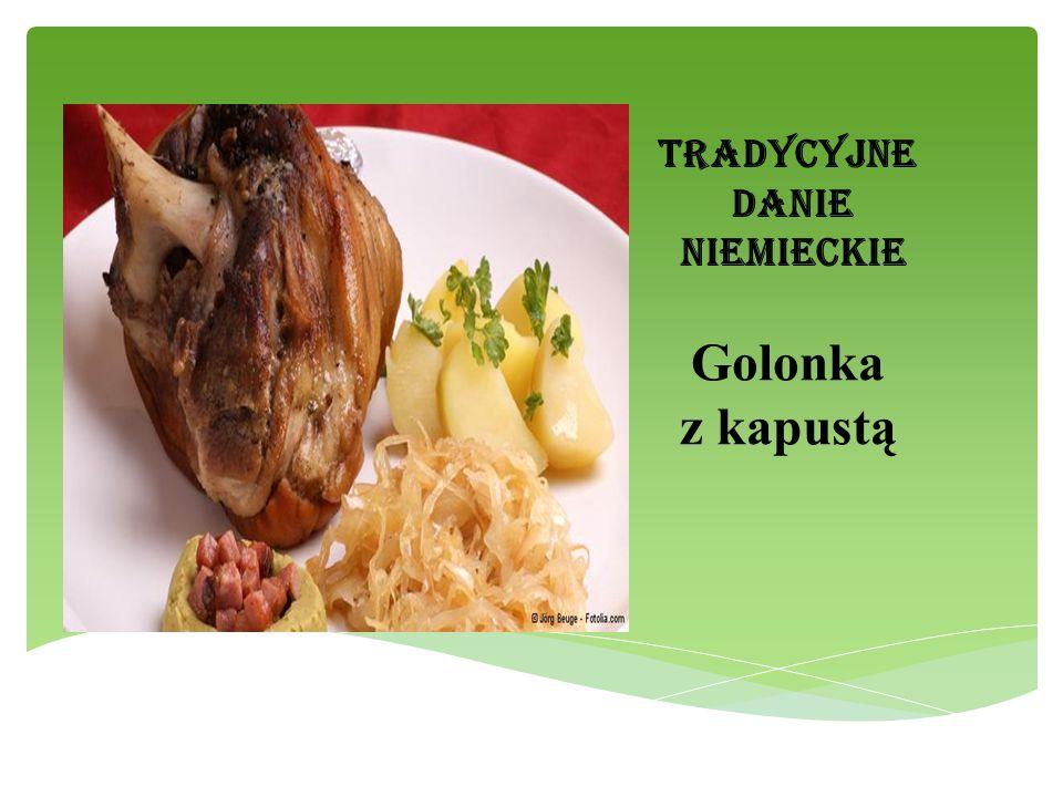Tradycyjne danie niemieckie Golonka z kapustą