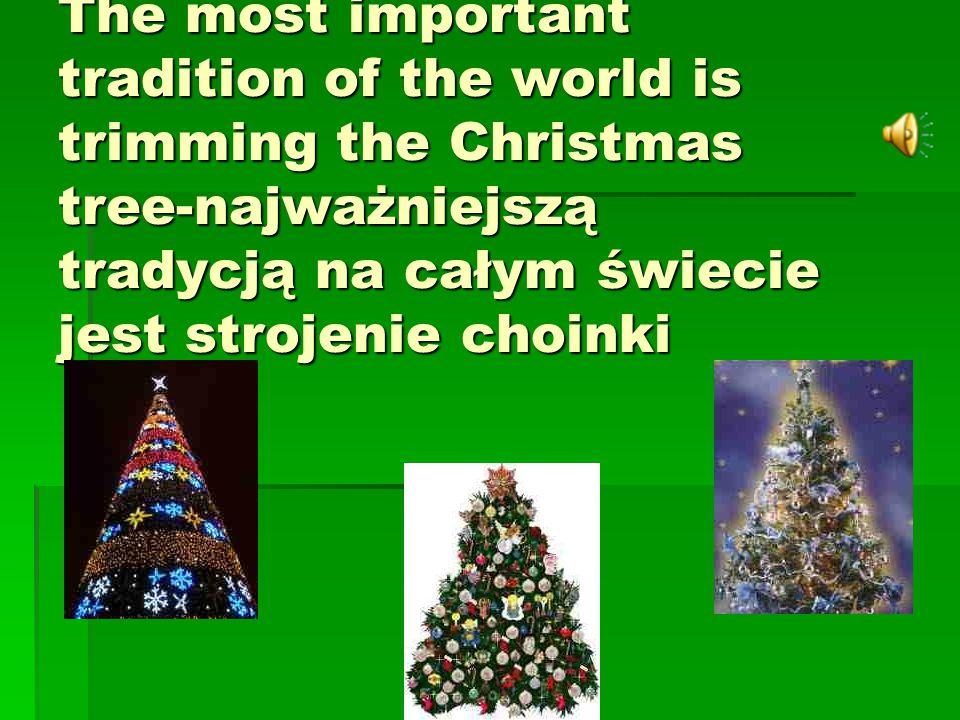 Almost everything in cities is decorated with Christmas lights - w miastach dekoruje się prawie wszystko światełkami