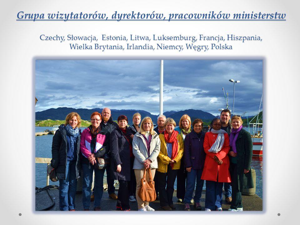 Grupa wizytatorów, dyrektorów, pracowników ministerstw Czechy, Słowacja, Estonia, Litwa, Luksemburg, Francja, Hiszpania, Wielka Brytania, Irlandia, Ni