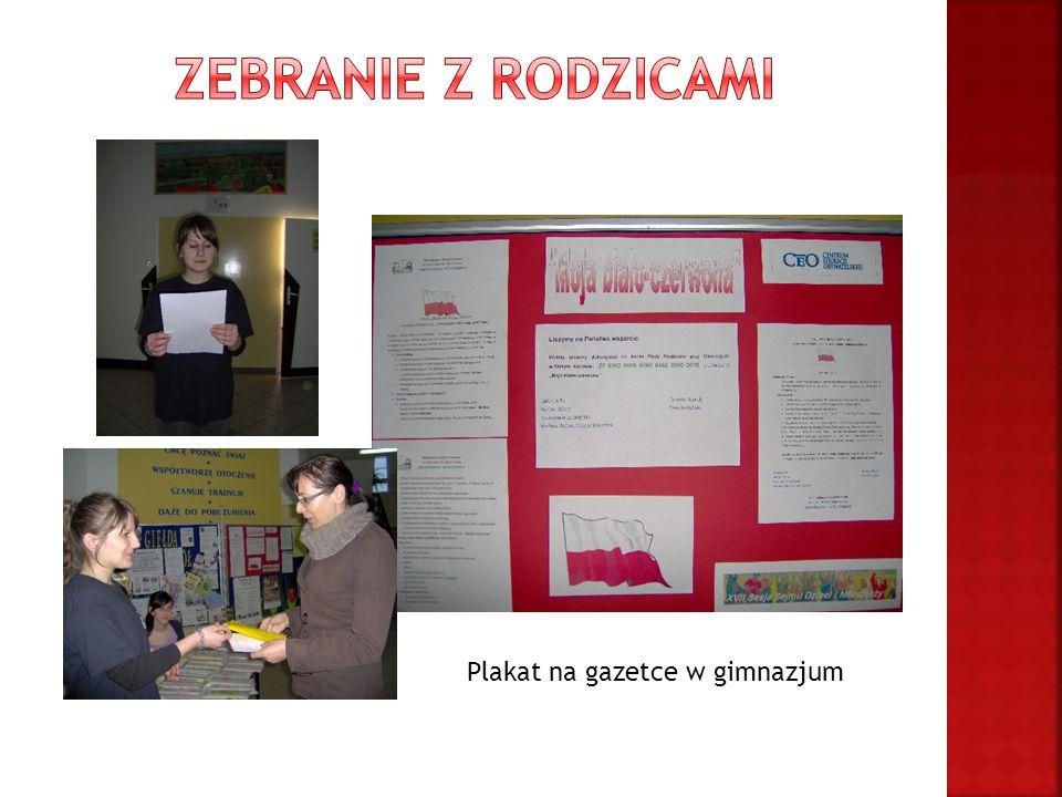 Plakat na gazetce w gimnazjum
