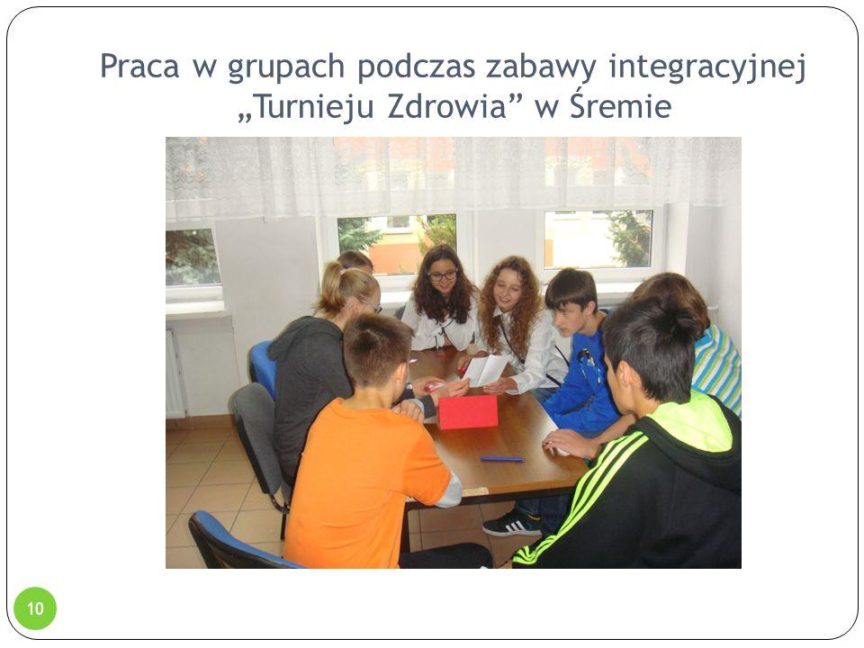 """Praca w grupach podczas zabawy integracyjnej """"Turnieju Zdrowia"""" w Śremie 10"""