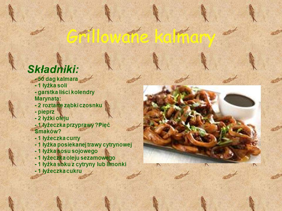Grillowane kalmary Składniki: - 50 dag kalmara - 1 łyżka soli - garstka liści kolendry Marynata: - 2 roztarte ząbki czosnku - pieprz - 2 łyżki oleju -