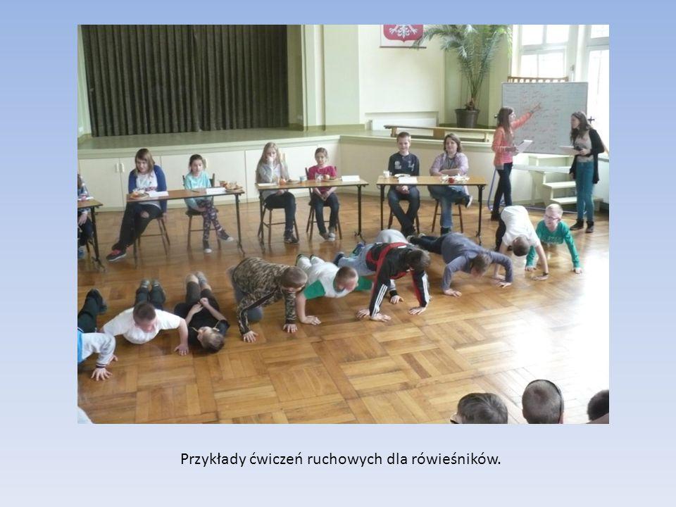 Przykłady ćwiczeń ruchowych dla rówieśników.
