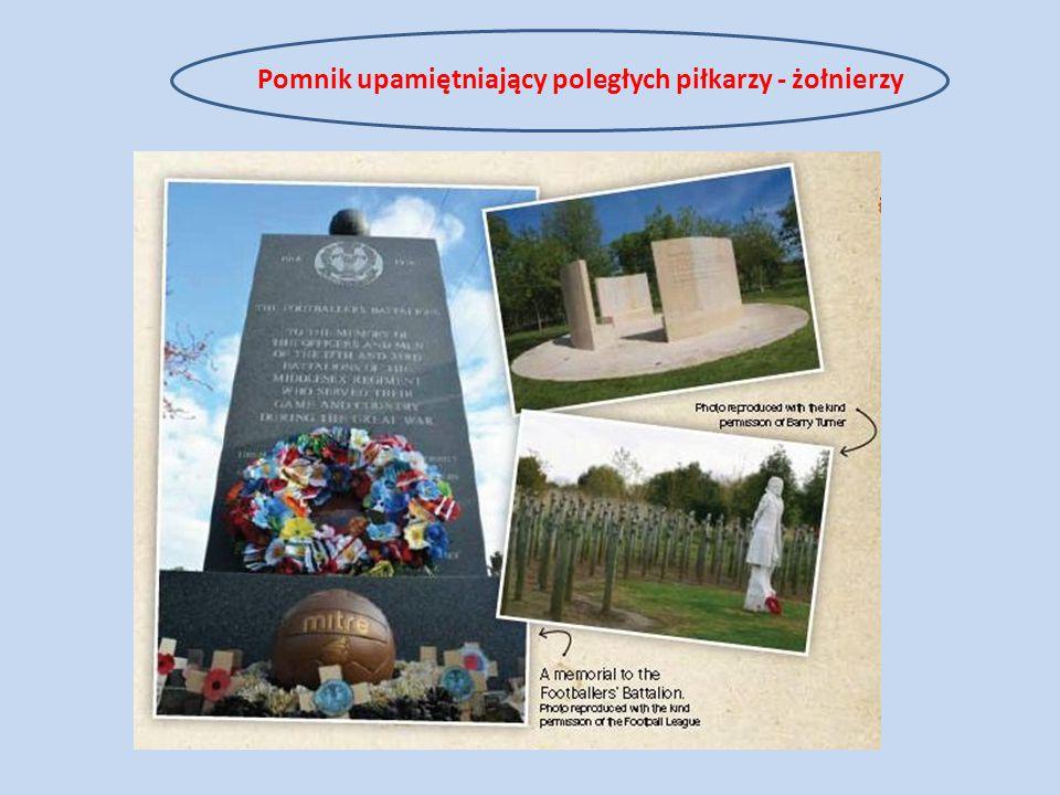 Pomnik upamiętniający poległych piłkarzy - żołnierzy