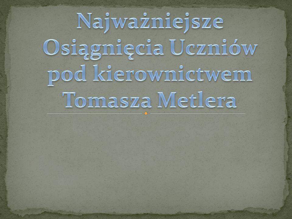 """I miejsce-XXXVIII Zawodów strzeleckich """"Srebrne Muszkiety województwa poznańskiego w (dziewczyny) i III miejsce w rejonowych co dało nam 2 miejsce w całym rejonie 1999r."""