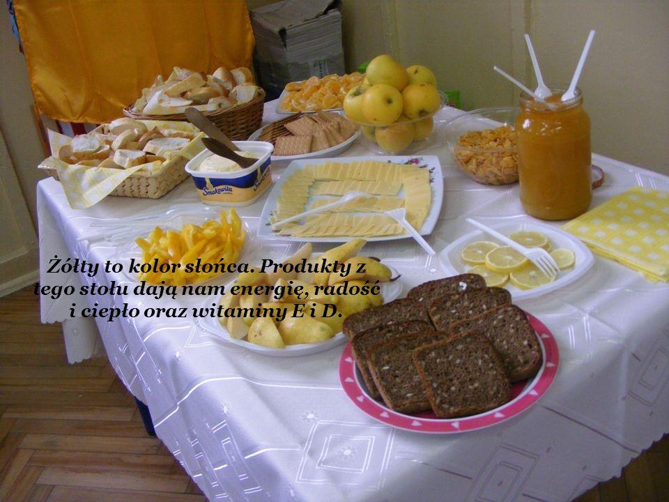 Żółty to kolor słońca. Produkty z tego stołu dają nam energię, radość i ciepło oraz witaminy E i D.