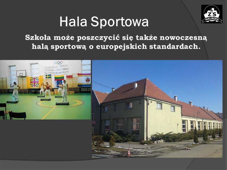 Hala Sportowa Szkoła może poszczycić się także nowoczesną halą sportową o europejskich standardach.