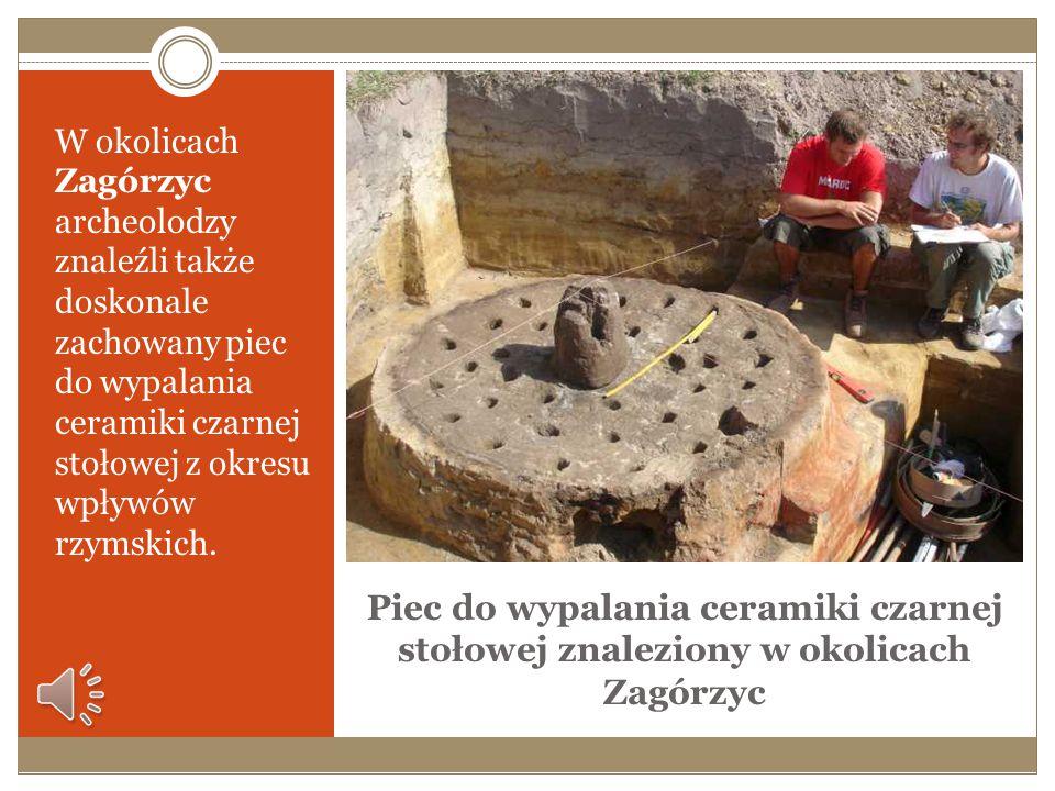 Złoty krzyżyk relikwiarzowy odkryty w Zagórzycach W 2007 roku w Zagórzycach odkryto złoty krzyżyk relikwiarzowy, jedyny taki krzyżyk znaleziony na zie
