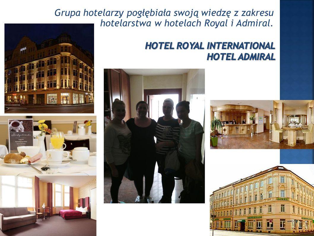 Grupa hotelarzy pogłębiała swoją wiedzę z zakresu hotelarstwa w hotelach Royal i Admiral.
