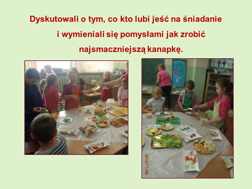Dyskutowali o tym, co kto lubi jeść na śniadanie i wymieniali się pomysłami jak zrobić najsmaczniejszą kanapkę.