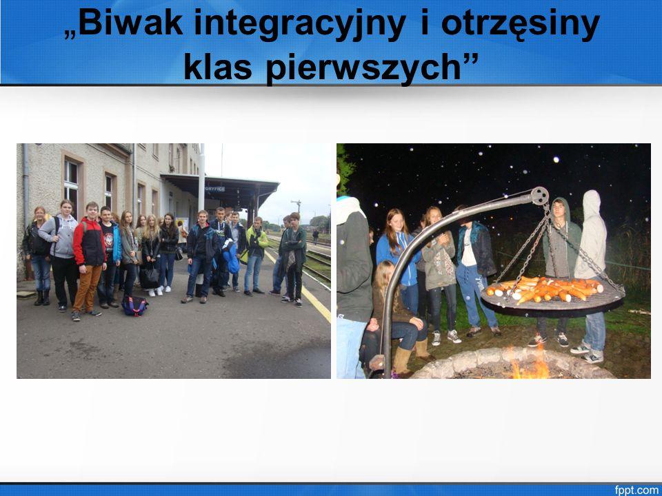 """"""" Biwak integracyjny i otrzęsiny klas pierwszych"""""""