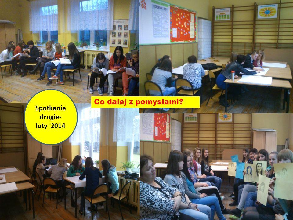 Informowanie o decyzji: Spotkanie z panią dyrektor, uczniami, nauczycielami.