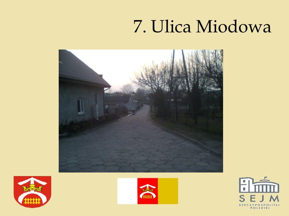 7. Ulica Miodowa