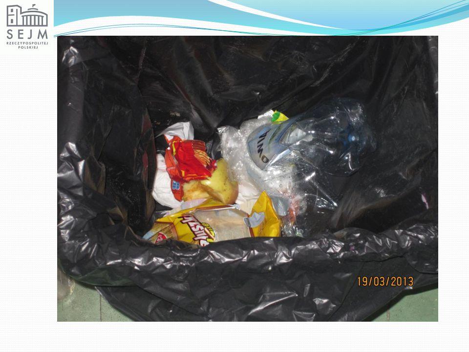 Oznaczenie opakowania z aluminium Obowiązek ponownego wykorzystania opakowania przez producenta Opakowanie nadające się do recyklingu