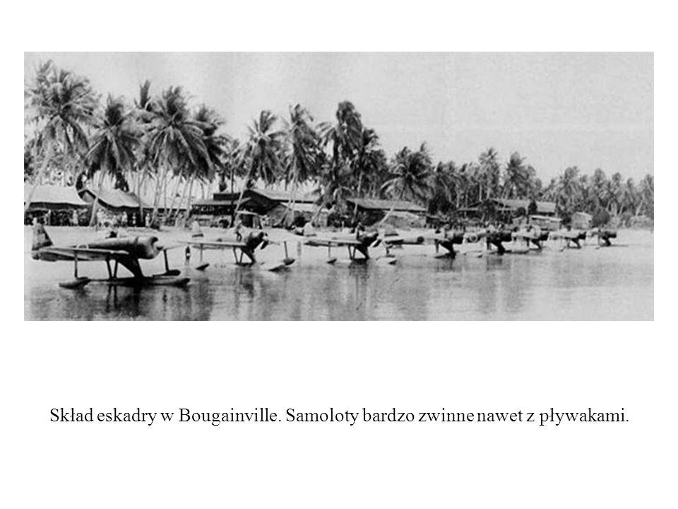 Skład eskadry w Bougainville. Samoloty bardzo zwinne nawet z pływakami.
