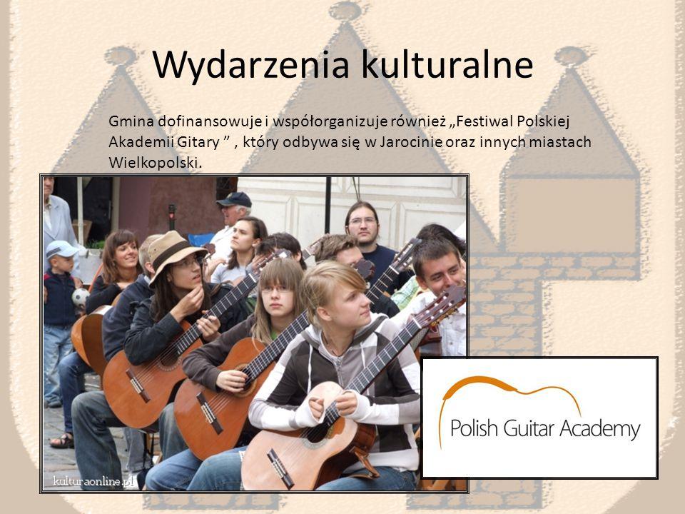 Wydarzenia kulturalne Samorząd dofinansowuje festiwal rockowy w Jarocinie, z którego nasze miasto zasłynęło.