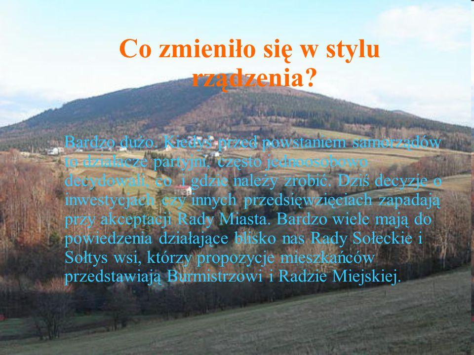Wywiad z panem Bogusławem Moczałą – radnym skoczowskiego samorządu Czy w ciągu minionych 20 lat w naszej wsi zaszły jakieś zmiany w sposobach komunikacji z obywatelami oraz konsultowaniu decyzji .