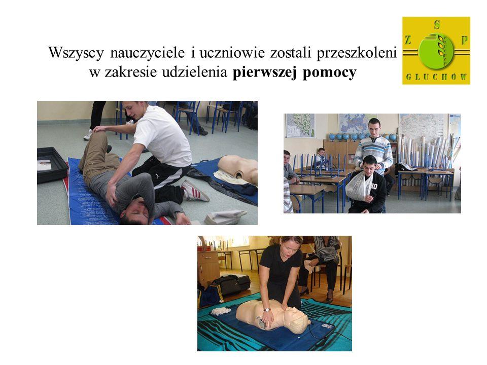 Wszyscy nauczyciele i uczniowie zostali przeszkoleni w zakresie udzielenia pierwszej pomocy