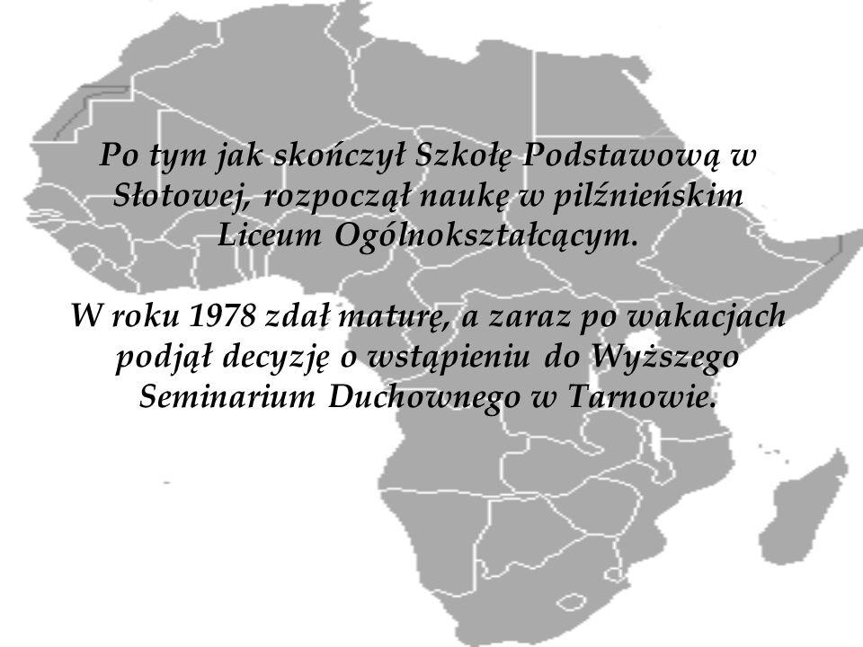 Po tym jak skończył Szkołę Podstawową w Słotowej, rozpoczął naukę w pilźnieńskim Liceum Ogólnokształcącym. W roku 1978 zdał maturę, a zaraz po wakacja