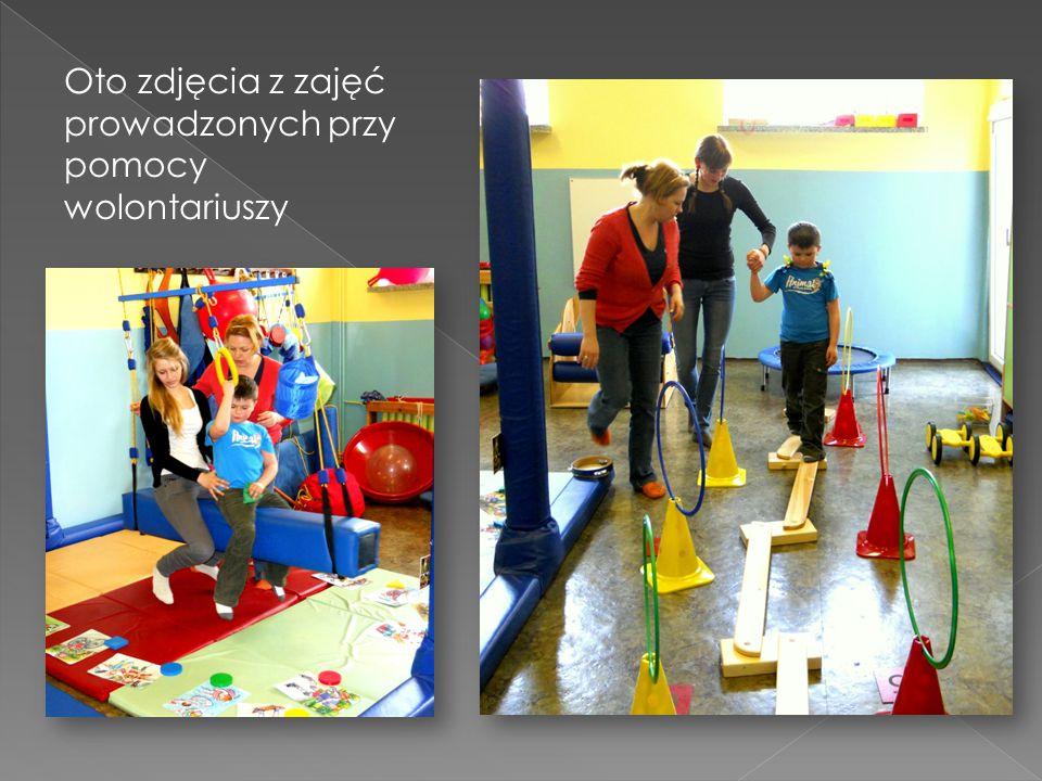 Oto zdjęcia z zajęć prowadzonych przy pomocy wolontariuszy