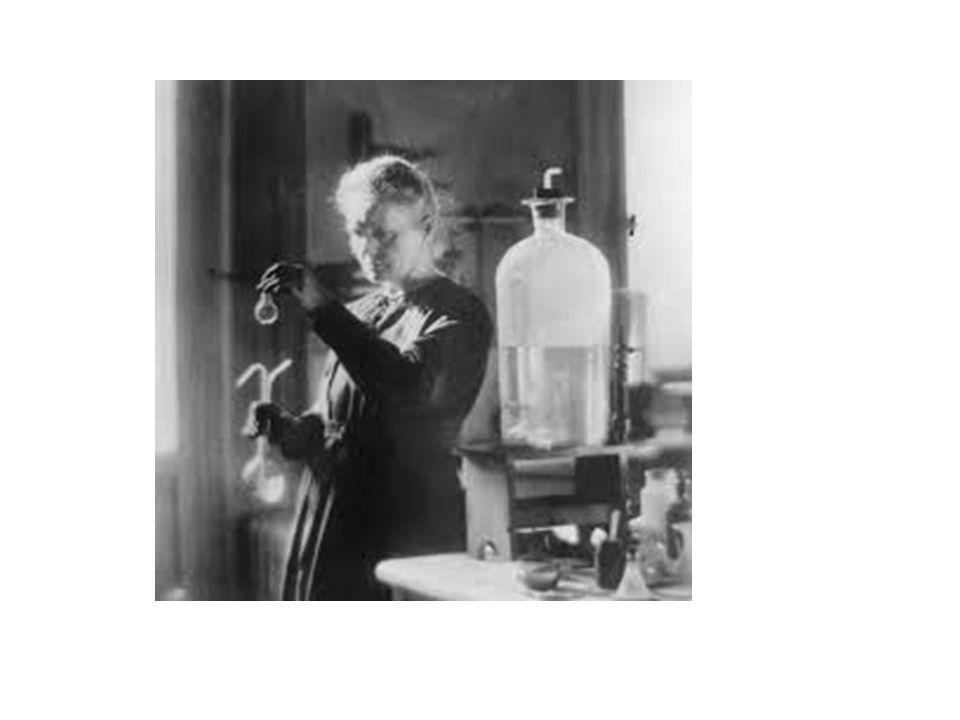 W 1903 i 1911 roku otrzymała nagrodę Nobla za odkrycie dwu pierwiastków radu i polonu.
