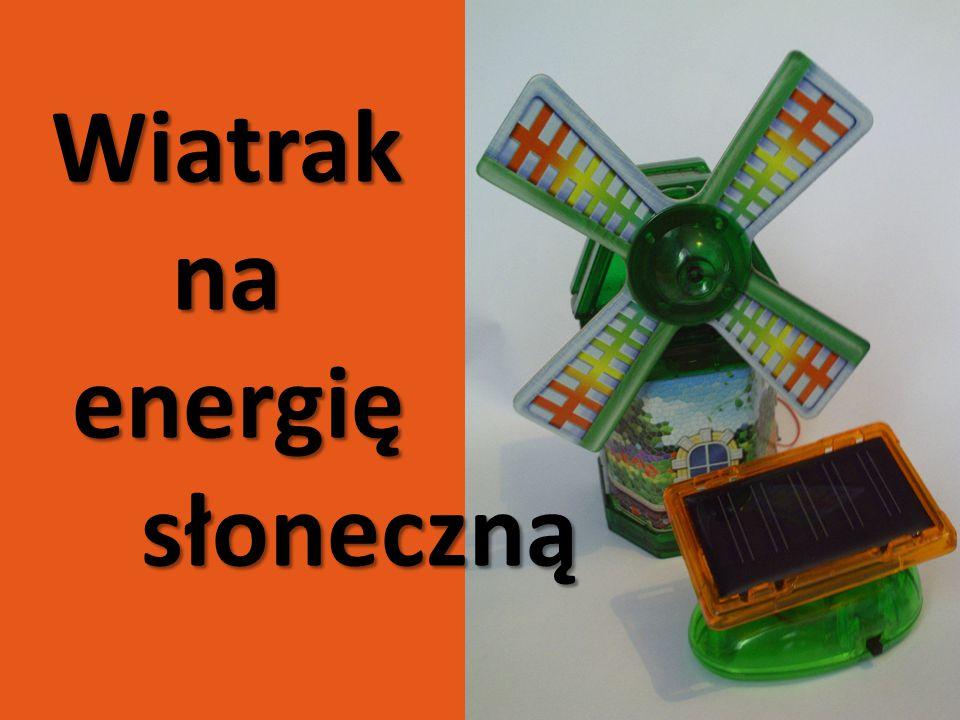 Jeśli promienie słoneczne padają na ogniwo fotowoltaiczne, które jest podłączone z boku wiatraka to są one zamieniane na energię elektryczną zdolną napędzać mały silniczek wprowadzający skrzydła wiatraka w ruch.