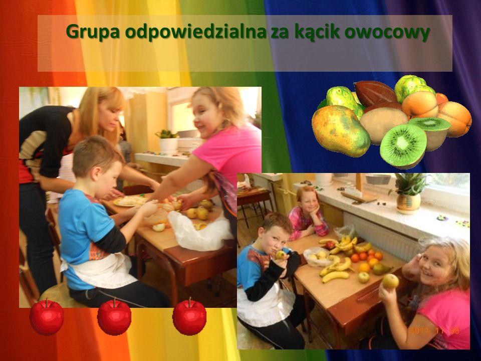 Grupa odpowiedzialna za kącik owocowy Grupa odpowiedzialna za kącik owocowy