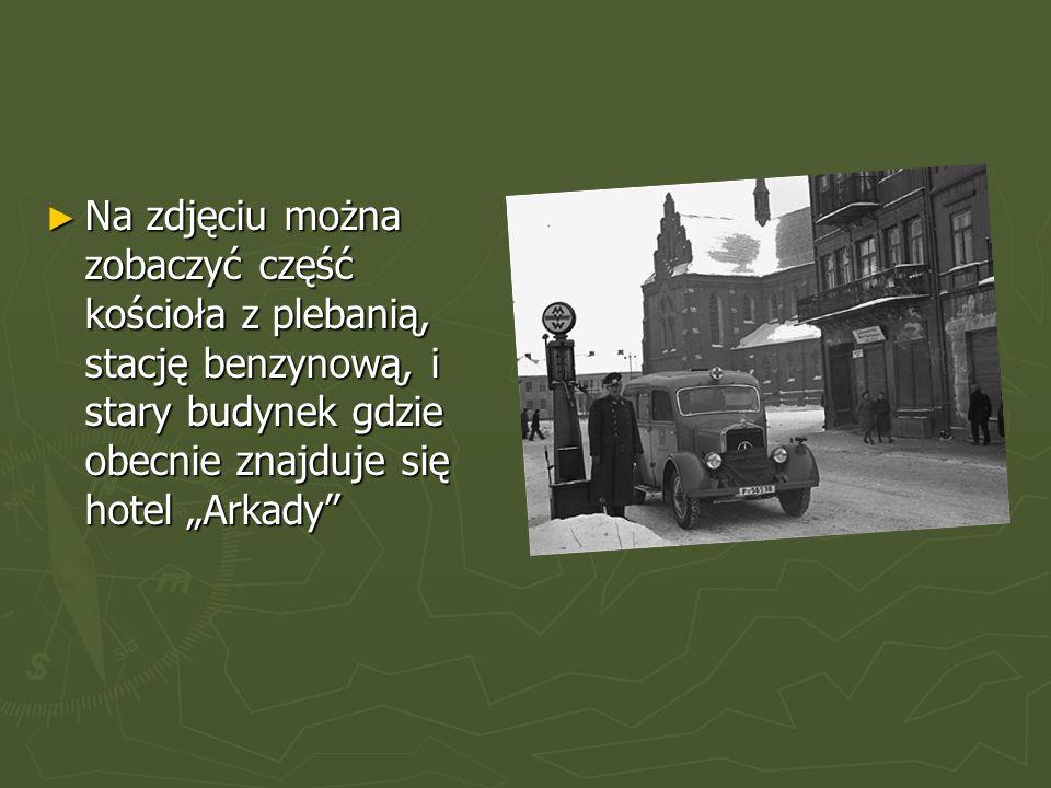 """►N►N►N►Na zdjęciu można zobaczyć część kościoła z plebanią, stację benzynową, i stary budynek gdzie obecnie znajduje się hotel """"Arkady"""
