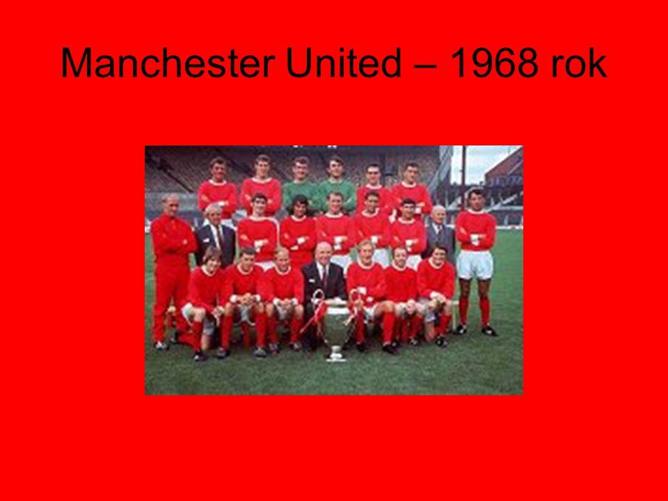 W sezonie 1945/1946 rozpoczyna się nowa era.Trenerem zostaje Matt Busby.