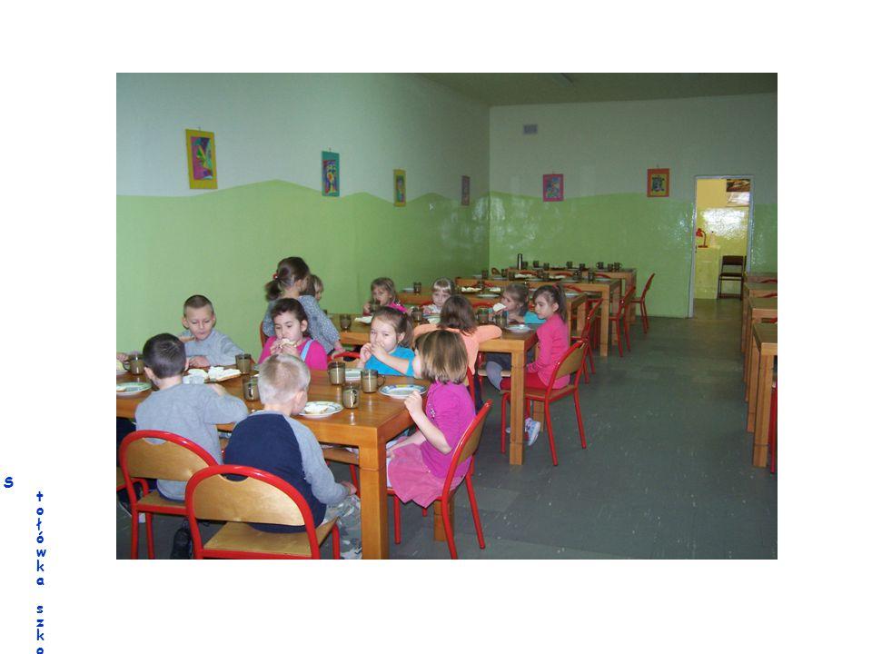 Stołówka szkolna ze smacznymi obiadamiStołówka szkolna ze smacznymi obiadami