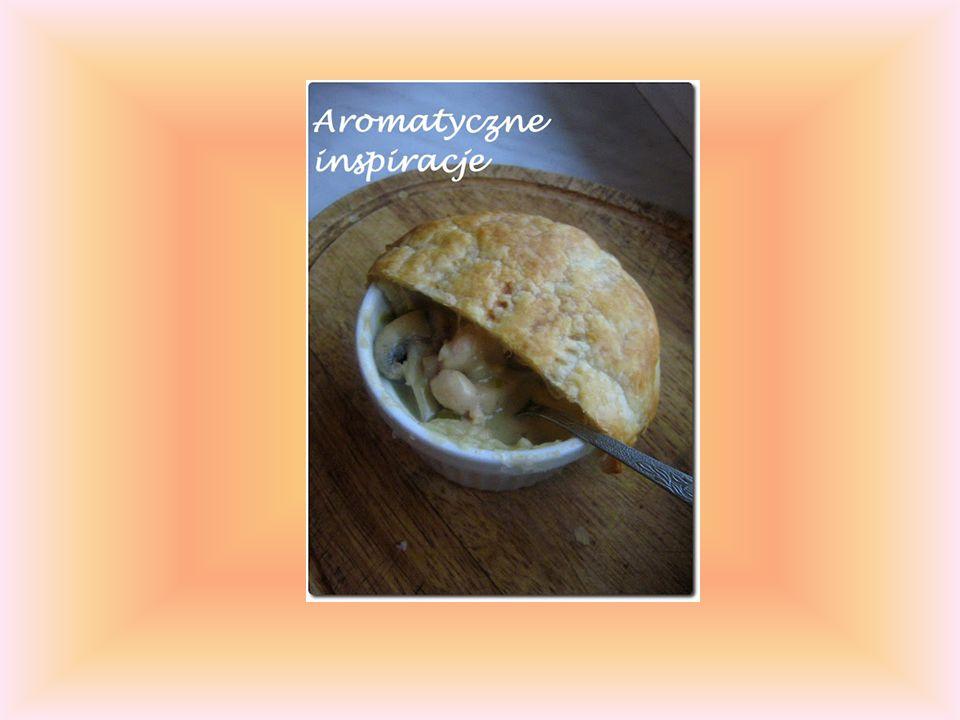 Desery: 1.Wyborny pudding cytrynowy 2.Pudding chlebowo – maślany 3.Ciasto cytrynowe z bezą 4.Naleśniki z cukrem i cytryną