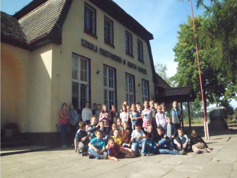 Dawne budynki szkolne : w Przynotecku i Głęboczku