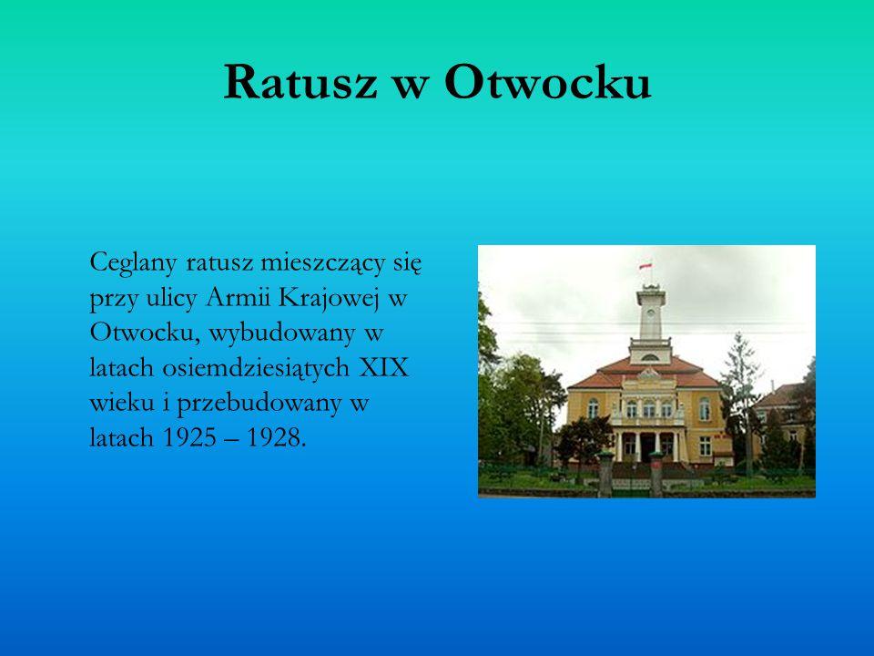 Ratusz w Otwocku Ceglany ratusz mieszczący się przy ulicy Armii Krajowej w Otwocku, wybudowany w latach osiemdziesiątych XIX wieku i przebudowany w la