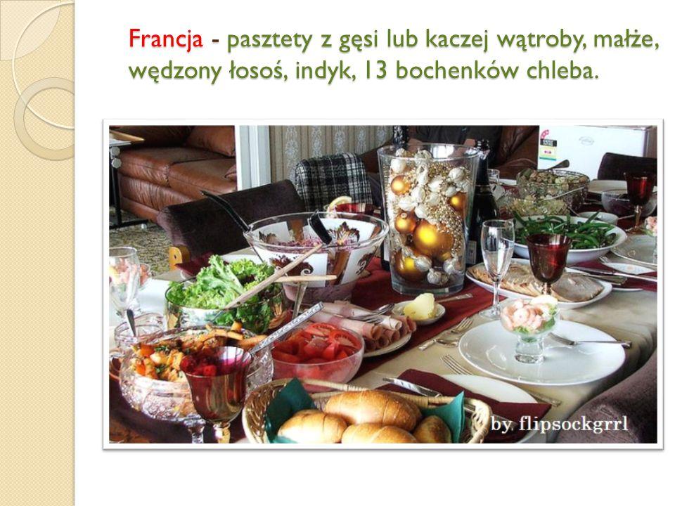 Włochy - ryby, sałatki i owoce, ciasteczka nadziewane figami i orzechami.