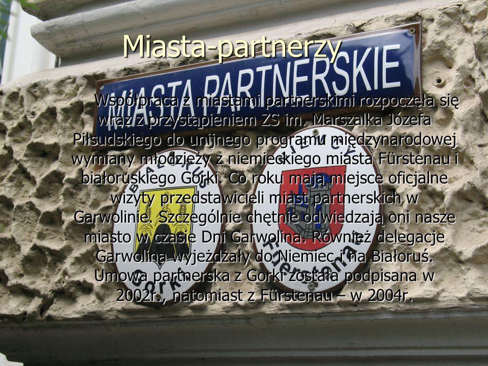 Miasta-partnerzy Współpraca z miastami partnerskimi rozpoczęła się wraz z przystąpieniem ZS im.