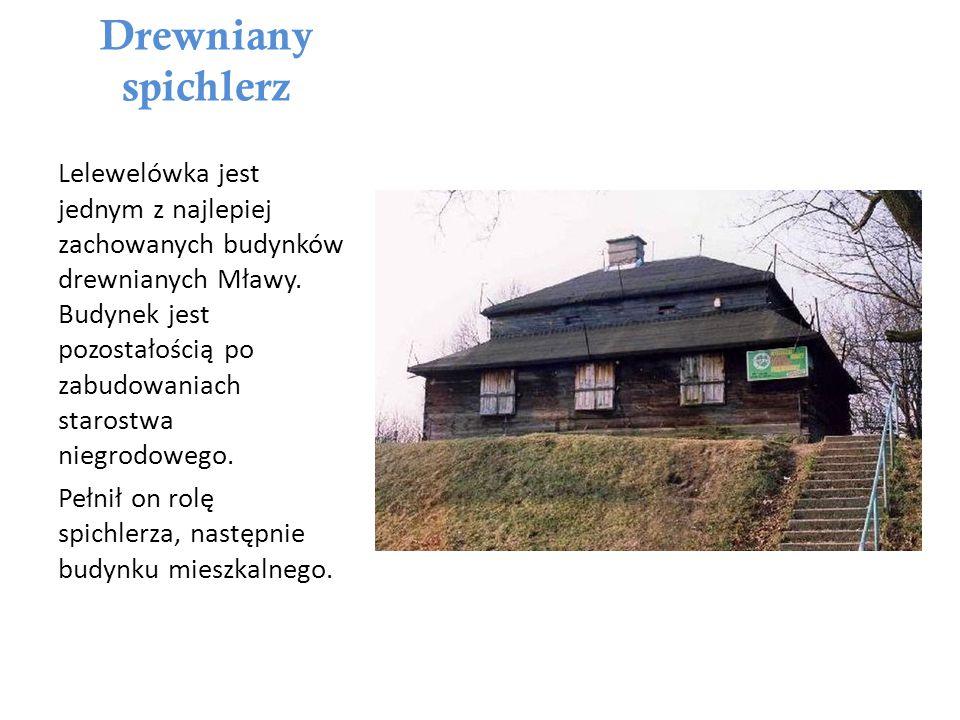 Hala targowa Mławska Hala Targowa została wybudowana w 1912 roku według projektu miejskiego architekta Stefana Usakiewcza.