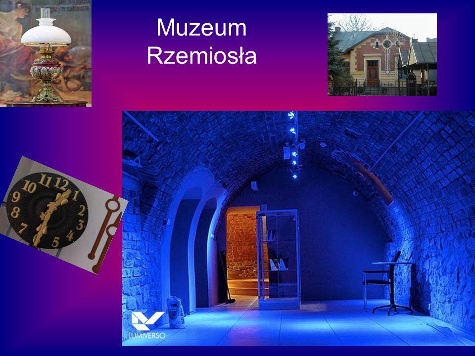 CDS - Centrum Dziedzictwa Szkła Centrum Dziedzictwa Szkła w Krośnie to niepowtarzalny projekt odwołujący się do tradycji tej gałęzi przemysłu, z które