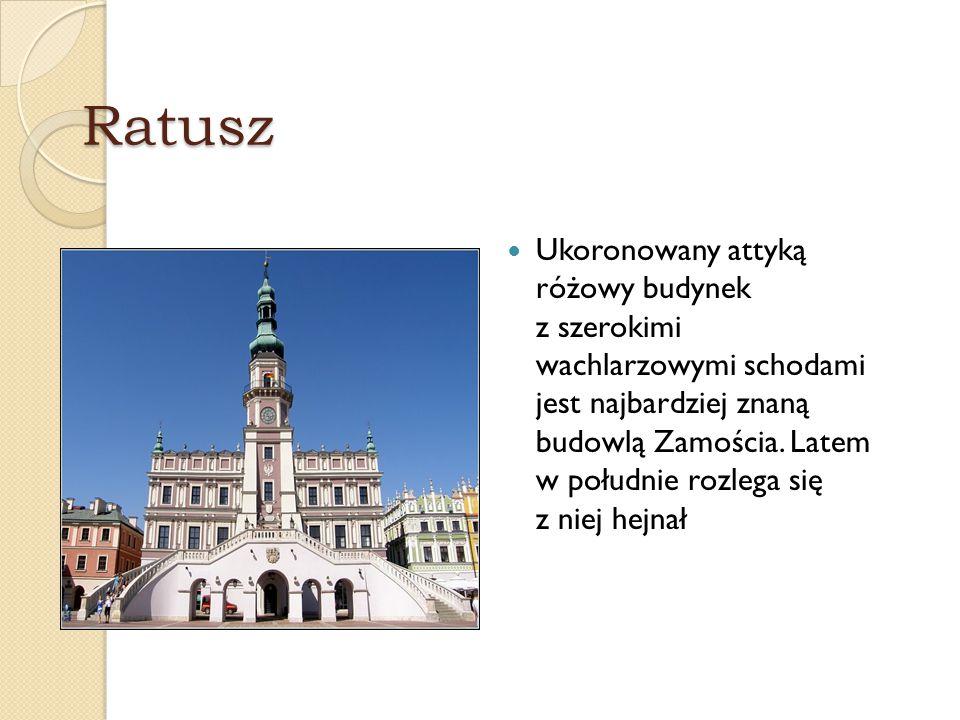 Kamienice Podcienia to najbardziej charakterystyczna cecha architektury Zamościa, zwanego z tego powodu miastem arkad .