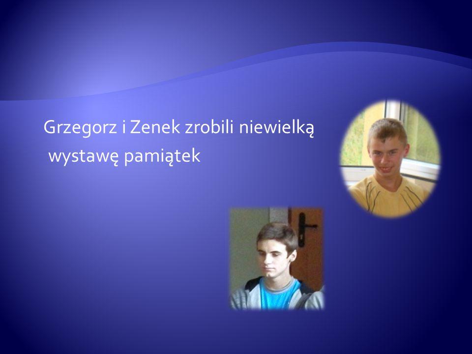 Grzegorz i Zenek zrobili niewielką wystawę pamiątek