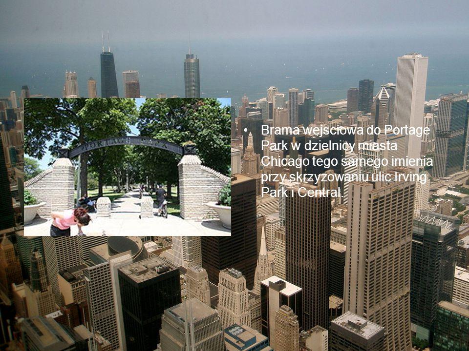 Brama wejsciowa do Portage Park w dzielnicy miasta Chicago tego samego imienia przy skrzyzowaniu ulic Irving Park i Central.