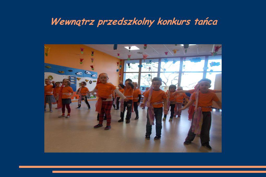 Wewnątrz przedszkolny konkurs tańca