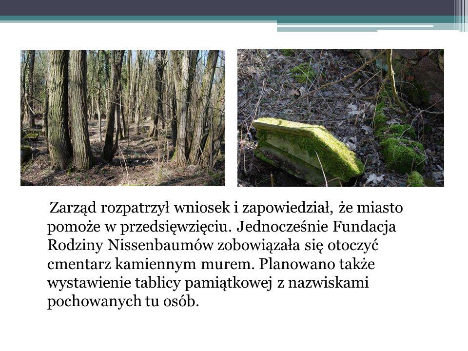 Płyta z cmentarza ż ydowskiego w D ę bnie Cmentarz żydowski w Dębnie znajduje się przy ul. Kostrzyńskiej. Pochodzi z XIX wieku. W okresie II wojny świ