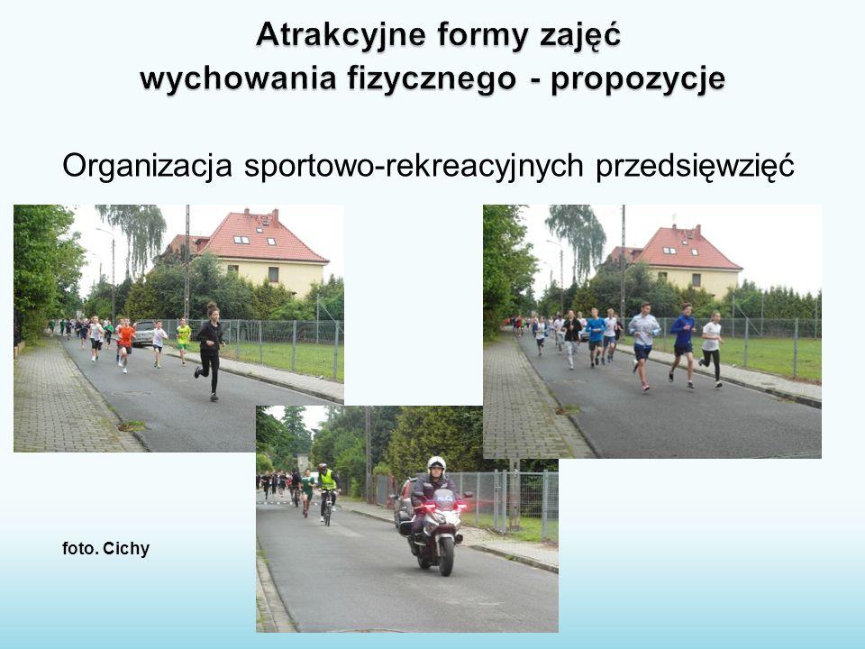 Organizacja sportowo-rekreacyjnych przedsięwzięć foto. Cichy