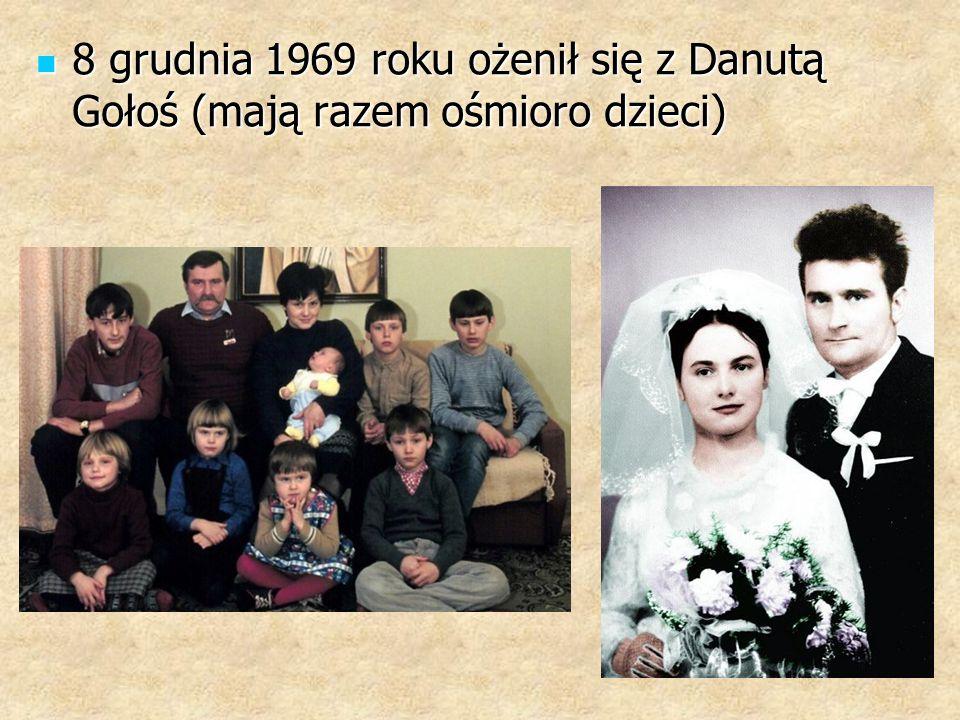 8 grudnia 1969 roku ożenił się z Danutą Gołoś (mają razem ośmioro dzieci) 8 grudnia 1969 roku ożenił się z Danutą Gołoś (mają razem ośmioro dzieci)